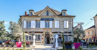 Hôtel La Réserve De Brive - Brive-la-Gaillarde - Building