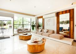 De42 Hotel - Kathu - Lobby