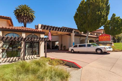 Sands Inn & Suites - San Luis Obispo - Building