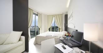 Club Hotel Dante - Cervia - Bedroom