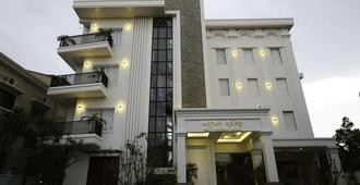 Holy Angkor Hotel - Siem Reap - Building