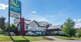 Quality Inn - Kamloops - Rakennus