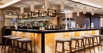 AC Hotel by Marriott Birmingham - Birmingham - Bar