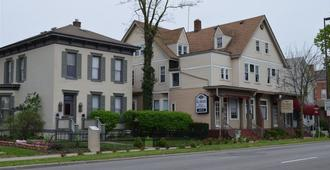 Lasalle Bed And Breakfast - Fort Wayne