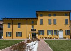 Hotel Forlanini52 Parma - Parma - Building