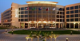 Centro Sharjah - סארייאה