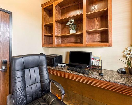 Comfort Suites At Plaza Mall - McAllen - Business centre