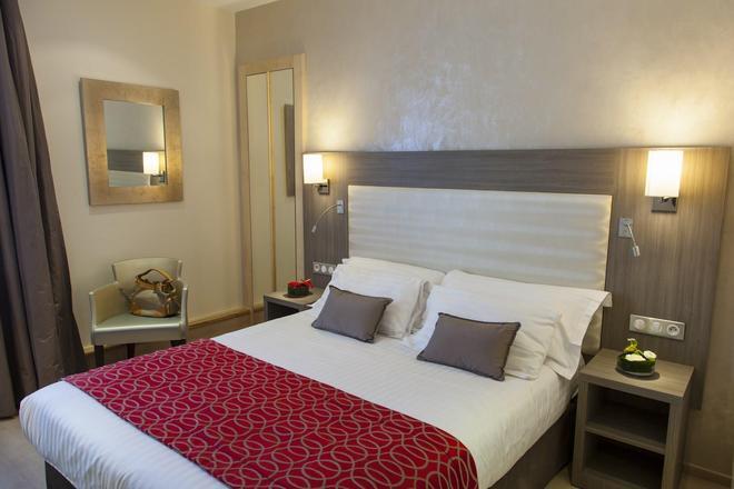 Best Western Plus Hotel Carlton - Annecy - Κρεβατοκάμαρα