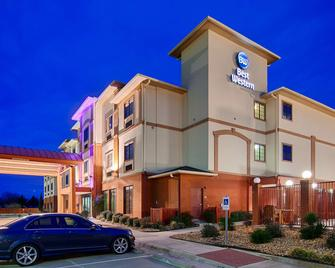 Best Western Giddings Inn & Suites - Giddings - Building