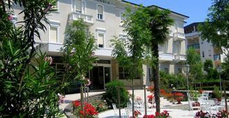 Hotel Britannia - Cesenatico - Edificio