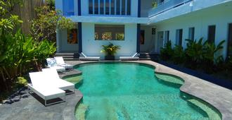 The Bali Bubble - Denpasar - Pool