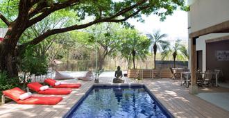 15 love bed and breakfast - Tamarindo - Pool