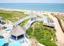 Ramada Plaza by Wyndham Nags Head Oceanfront - Kill Devil Hills - Building