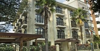 Movich Casa del Alferez - Santiago de Cali - Edificio