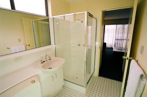 Mt Ommaney Hotel Apartments - Brisbane - Baño