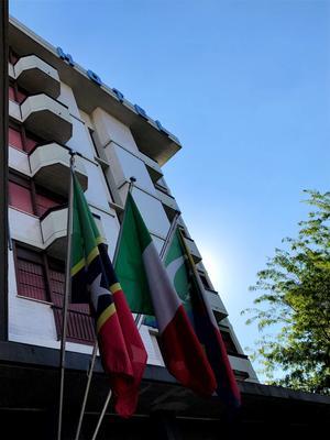 Hotel Mirage - Florencia - Edificio