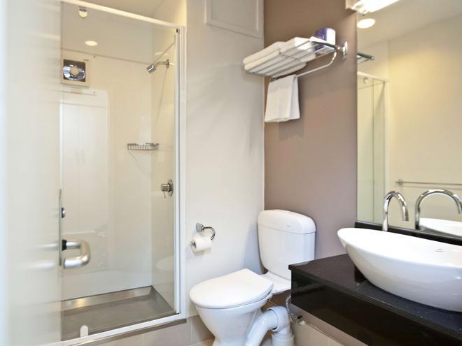 Mercure Wellington Central City - Hotel & Apartments - Wellington - Phòng tắm