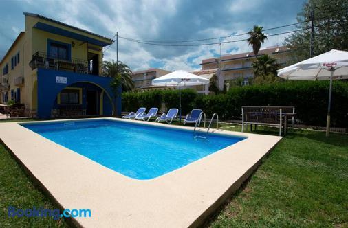 Hotel Oasis - Denia - Pool