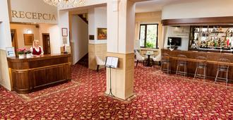 Arkadia - Varsavia - Reception