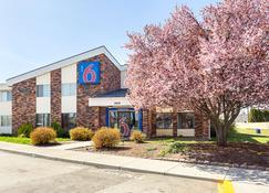Motel 6 Spokane East - Spokane - Toà nhà