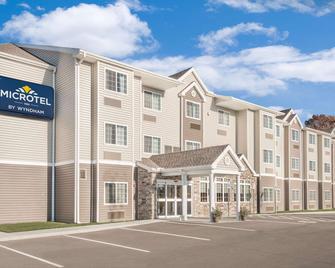 Microtel Inn & Suites by Wyndham Binghamton - Binghamton - Gebäude