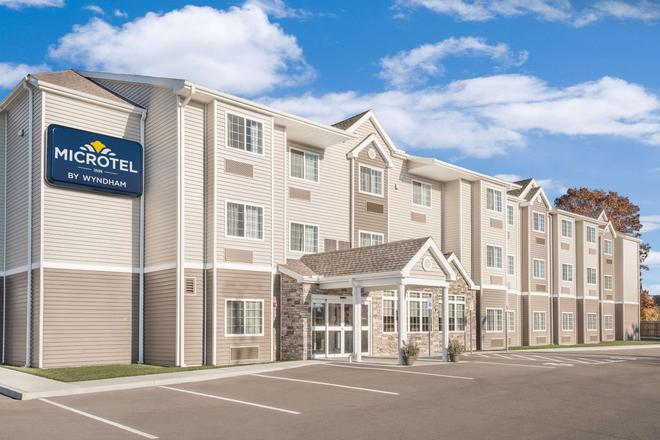 Microtel Inn & Suites by Wyndham Binghamton - Binghamton - Rakennus