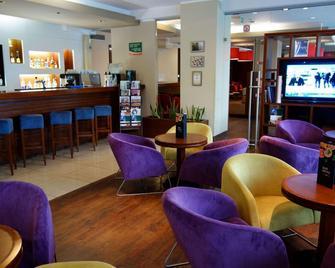 DeSilva Inn Katowice Airport - Pyrzowice - Bar
