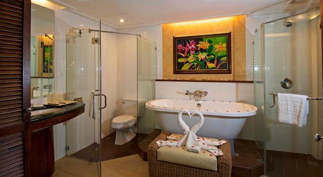 Boracay Mandarin Island Hotel - Boracay - Banheiro