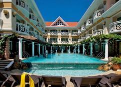 Boracay Mandarin Island Hotel - Boracay - Pool