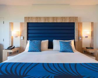 Grotto Bay Beach Resort - Hamilton - Bedroom
