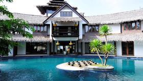 Villa Samadhi Kuala Lumpur - Kuala Lumpur - Pool