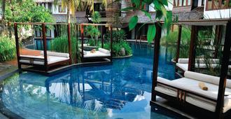 Villa Samadhi Kuala Lumpur - Куала-Лумпур - Бассейн
