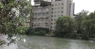 Quzhou City Jinmao Hotel - Quzhou