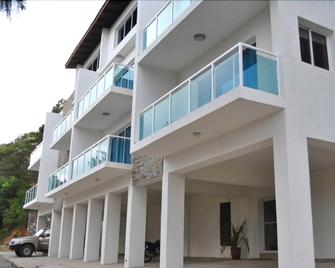 The Vue Apartment Hotel - Cap Haitien - Building