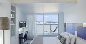 فريش هوتل - أثينا - غرفة نوم