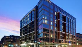 Hilton Garden Inn Washington DC/Georgetown Area - Washington - Building