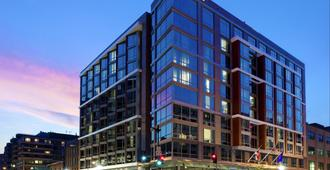 Hilton Garden Inn Washington DC/Georgetown Area - Washington - Building