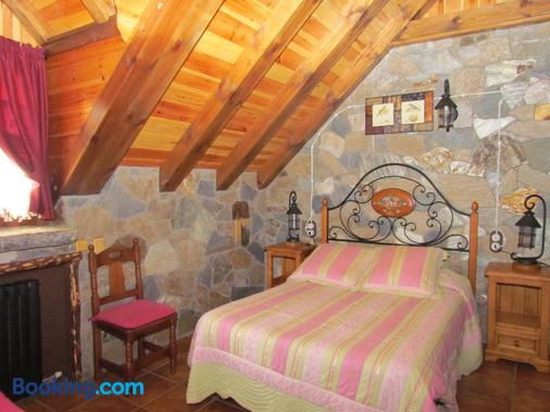 Casa Rural Fontamil - Gistaín - Bedroom
