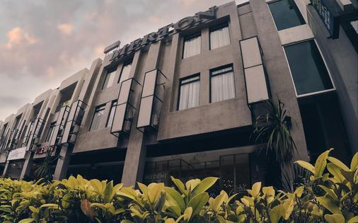 Merton Hotel Ipoh - Ipoh - Building