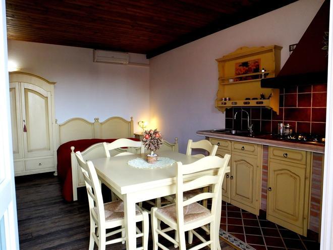 Agriturismo Adriano Pedretti - Badia Polesine - Dining room