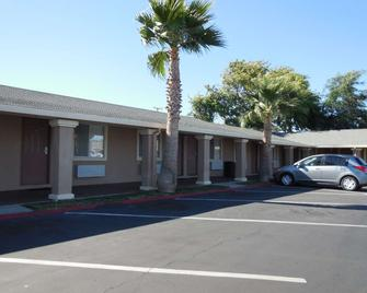Americas Best Value Inn Antioch - Antioch - Building