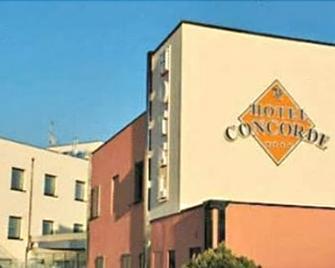 Hotel Concorde - Camerano - Building