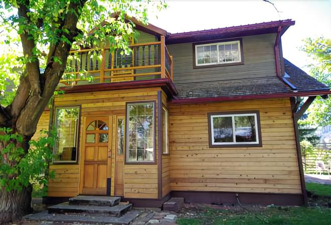 Natasha's Russian Guesthouse - Grand Forks