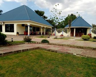 Lesa Garden Hotel - Mwanza - Building