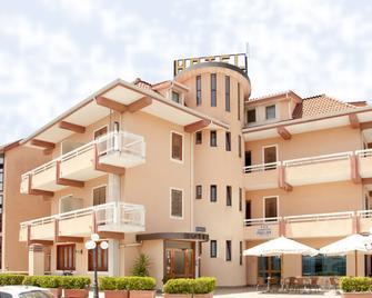 Aerhotel Phelipe - Lamezia Terme - Gebäude
