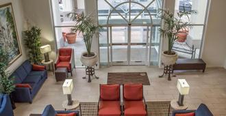Comfort Inn Sandusky - Sandusky - Lobby