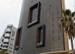 Lancaster Hotel Raouche - Beirut - Building