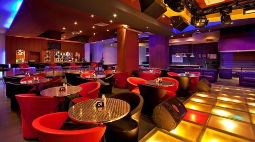 Bin Majid Acacia Hotel And Apartments - Ras Al Khaimah - Bar