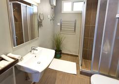 Shada Suites- Salama - Jeddah - Bathroom