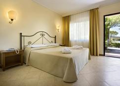 Hotel Airone del Parco e delle Terme - Portoferraio - Outdoor view